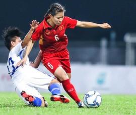 Nữ tuyển thủ 'mang thai đá bóng' và vô địch SEA Games