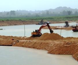 Ngang nhiên đắp đê ngăn sông khai thác cát