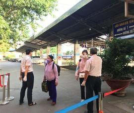 Chống dịch COVID-19: Nhà ga, bến xe kiểm tra nghiêm ngặt