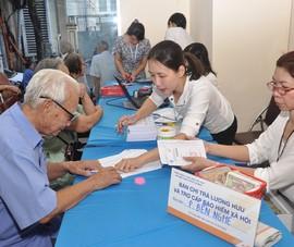 Bưu điện tổ chức chi trả lương hưu tận nhà để chống dịch