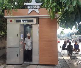 Dân hài lòng với nhà vệ sinh hiện đại miễn phí