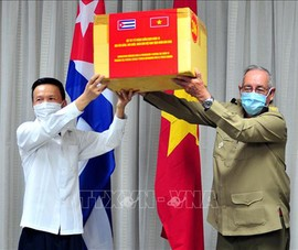 VN và Cuba tôn vinh hợp tác, hữu nghị trong chống COVID-19