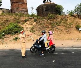 Nhiều người tìm cách rời khỏi Đà Nẵng bất thành