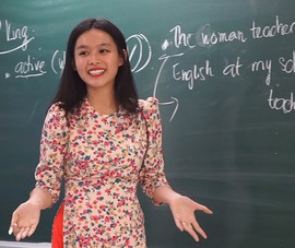 Video: Học sinh trải nghiệm một ngày làm giáo viên