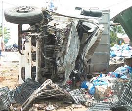 Video: Xe tải mất thắng gây tai nạn liên hoàn khiến 5 người thương vong