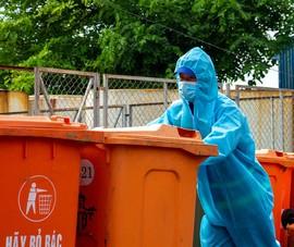 Video: Công nhân vệ sinh - Những chiến sĩ thầm lặng giữa tâm dịch COVID-19