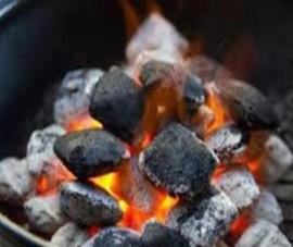 5 người trong 1 gia đình cấp cứu vì ngộ độc khí than