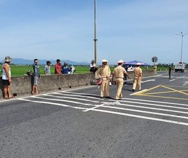 2 phụ nữ thương vong khi vượt xe đầu kéo lúc CSGT đang phân luồng
