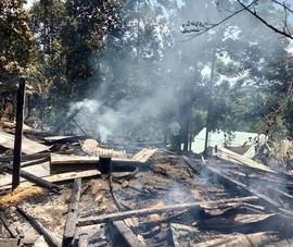 Cháy nhà lúc giữa đêm, 2 vợ chồng tử nạn