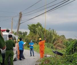 2 người đang tháo giàn sắt bị điện giật rơi xuống đất tử vong