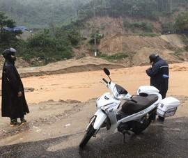 Mưa lớn, nhiều thôn ở Quảng Nam bị cô lập