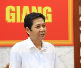 Mạo danh Chủ tịch huyện nhắn tin ông Đoàn Ngọc Hải xin hỗ trợ gạo