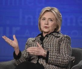 Bà Clinton lên tiếng việc ông Pompeo hứa tiết lộ thêm email