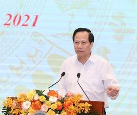 Bộ trưởng Đào Ngọc Dung: Tiền phải đến tay người dân ngay lúc này