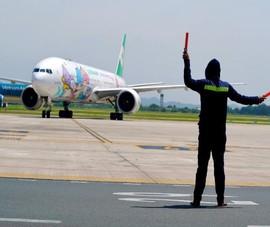 Tạm dừng các đường bay nội địa đến một số sân bay phía Nam