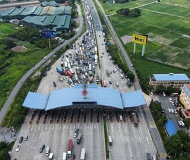 Bộ trưởng GTVT yêu cầu các tỉnh chấm dứt ngay tình trạng ùn tắc tại các chốt