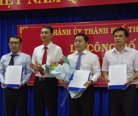 TP Thủ Đức trao quyết định cán bộ phường An Khánh, Thủ Thiêm