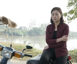 'Quỳnh búp bê' hóa thân thành cô giáo trường làng
