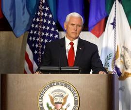 Mỹ gỡ lệnh trừng phạt với các tướng quay lưng với ông Maduro