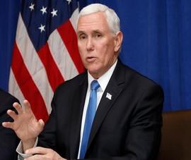 Ông Mike Pence: 'Tất cả mọi người phải vào cuộc chống dịch'