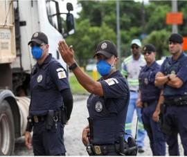 COVID-19 Brazil: Tổng thống Bolsonaro hạ mức rủi ro dịch bệnh