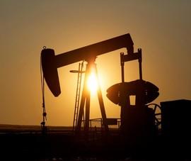 Phân tích, dự đoán từ việc giá dầu giảm kỷ lục xuống âm