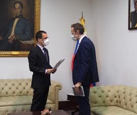 Venezuela đòi Anh làm rõ đơn vị bí mật trong sứ quán ở Caracas