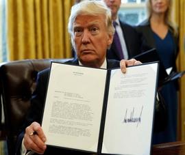 Ông Trump ngăn mạng xã hội kiểm duyệt, dọa đóng cửa Twitter