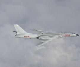Tiêm kích TQ áp sát trong ngày Đài Loan thử máy bay nội địa