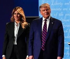 Vợ ông Trump hứng chỉ trích vì miệt thị 'tình địch tin đồn'
