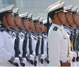 Cựu tướng lo ngại Phillipines sẽ bị Trung Quốc chiếm giữ