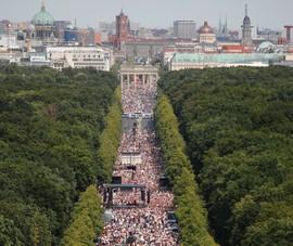 Nhóm muốn khôi phục đế chế Đức len lỏi vào biểu tình COVID-19