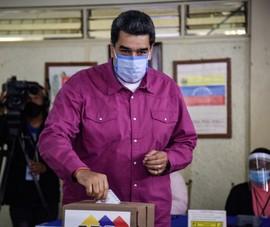 Bầu cử Venezuela: 30% cử tri bỏ phiếu, đảng ông Maduro áp đảo