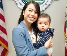 1 phụ nữ gốc Việt trở thành nữ thị trưởng trẻ nhất California