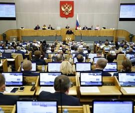 Duma Quốc gia Nga mở đường cho việc cấm YouTube, Facebook