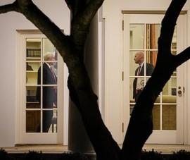 CNN: Ông Trump cấm phụ tá Phó TT Pence đến Cánh Tây Nhà Trắng