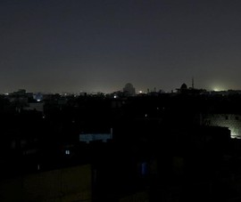 Pakistan bị cúp điện gần cả nước, dân lo bị tấn công