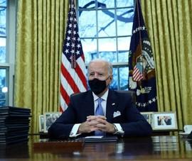Ông Biden nói về bức thư ông Trump để lại ở Phòng Bầu dục