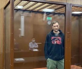 Nga cấm đường, quản thúc nhiều người thân ông Navalny
