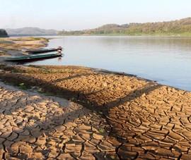 Nước sông Mekong thấp mức lo ngại vì đập thủy điện Trung Quốc