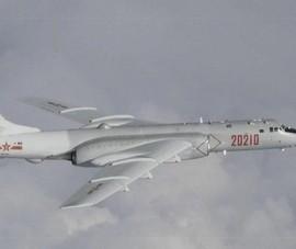 Bắc Kinh cho 10 máy bay ném bom tập trận ở Biển Đông răn đe Mỹ