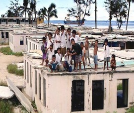Trung Quốc kêu gọi Úc đóng cửa các trại tị nạn ngoài khơi