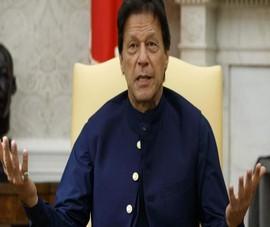 Thủ tướng Pakistan nhiễm COVID-19 sau khi tiêm vaccine