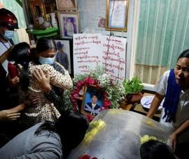 SCMP: An ninh Myanmar xả súng vào đám tang người biểu tình