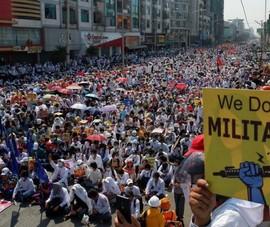 Mỹ chính thức đình chỉ mọi quan hệ thương mại với Myanmar