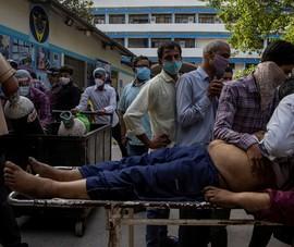 Ấn Độ: Cứ 4 phút có 1 người ở thủ đô chết vì COVID-19
