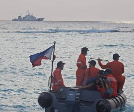 Philippines triển khai tàu tuần duyên diễn tập tại Biển Đông