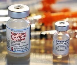 Mỹ muốn bỏ bằng sáng chế vaccine nhưng lo Nga-Trung vượt mặt