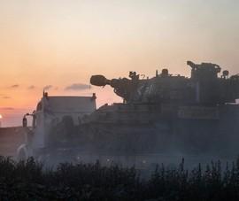 Israel nã pháo vào Dải Gaza, đính chính việc điều động bộ binh