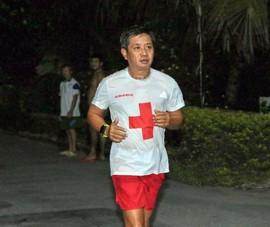Ông Đoàn Ngọc Hải tham gia giải Marathon ở Hậu Giang
